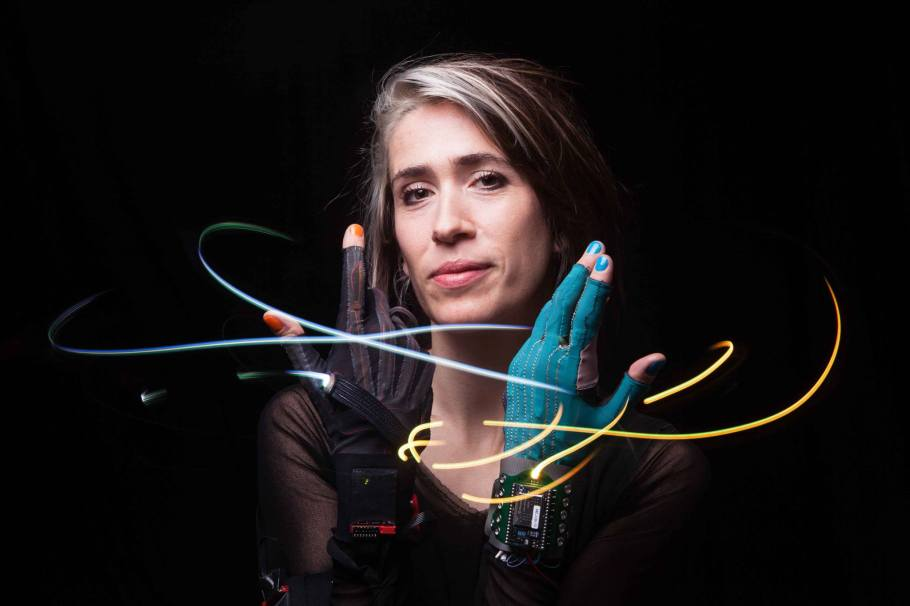 "Less Appealing Soundtracks to Not Drowning – Imogen Heap ""Sparks"" review"
